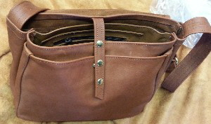 Messenger Bag Cognac Detail